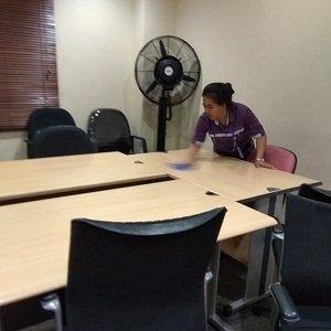 Jasa Pembersih Rumah, Apartemen & Kantor